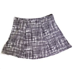 Ava & Viv Black & White Skirt size 26W